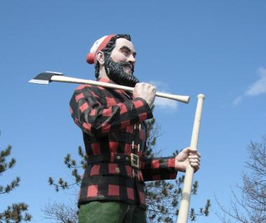 Paul Bunyan Statue Tours