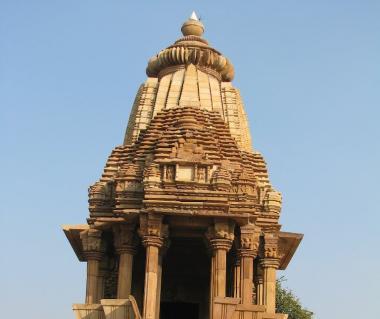 Chaturbhuj Temple Tours
