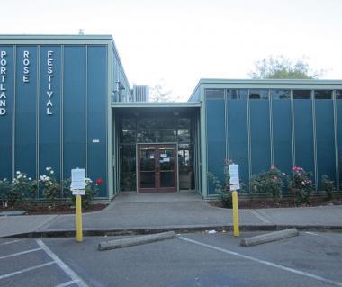 Portland Visitors Information Center Tours