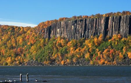 Hudson River Valley Image
