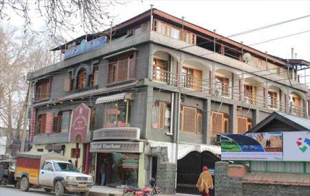 Mughal Darbar Image
