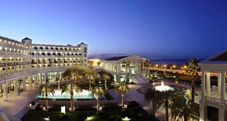 Hotel Las Arenas Balneario Resort Image