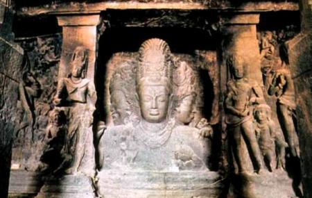 Elephanta Caves Image