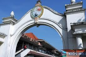 Pasar Klewer Image
