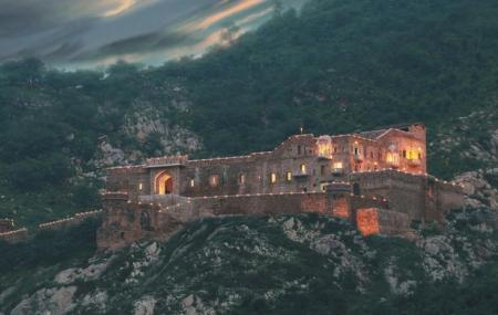 Dadhikar Fort Image