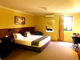 Rocky Resort Motor Inn Image