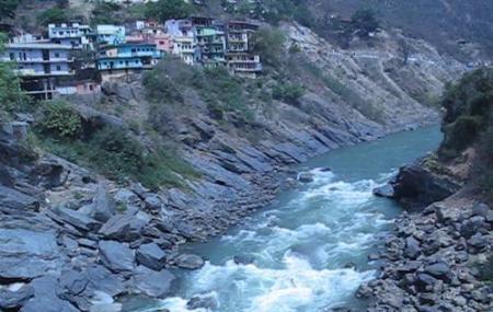 Hiking-vasudhara Falls: Image