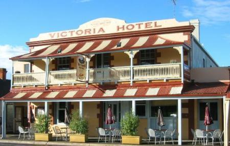 Victoria Hotel Bar Image