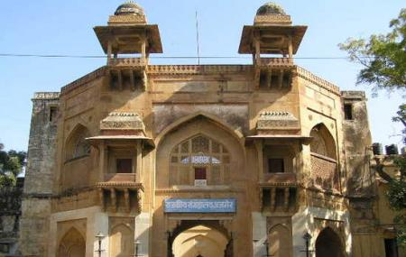 Akbar's Royal Residence Image