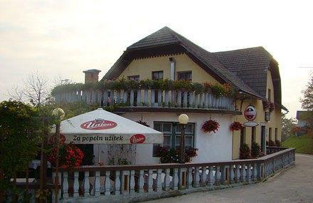 Dom's Restaurant Image