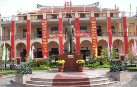 Ho-chi Minh Museum Image
