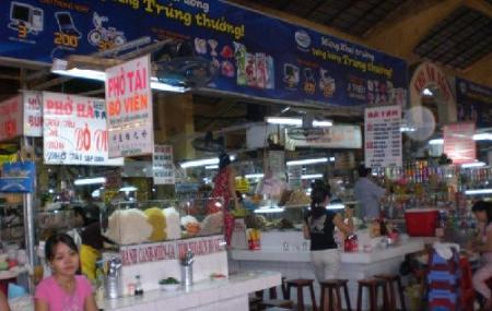 Ben Thanh Market Image