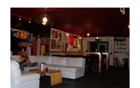 Tatame Sake And Tea Room Image