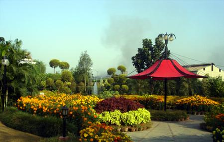 Moolchand Resorts Image