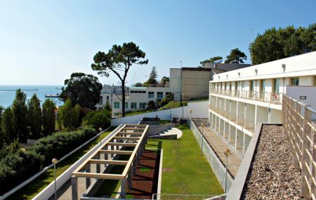 Pousada De Juventude Do Porto Youth Hostel Image
