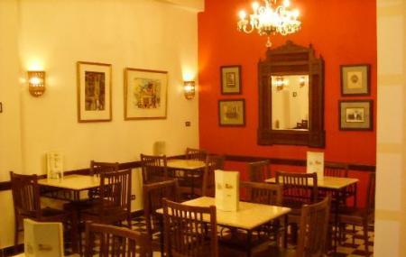 Oasis Cafe Image