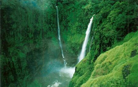 Thoseghar Waterfall Image