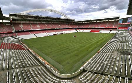 Estadio De Fútbol Image