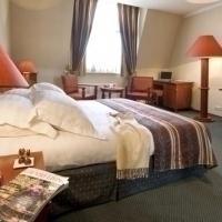 Louise Hotel Image