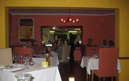 Le Bon Vivant Garden Restaurant Image
