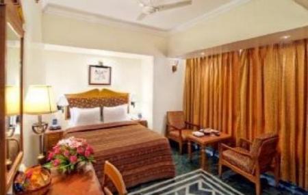 Hotel Quality Inn Image