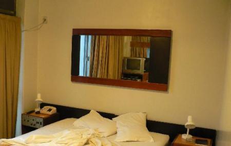 Bristol Hotel Image