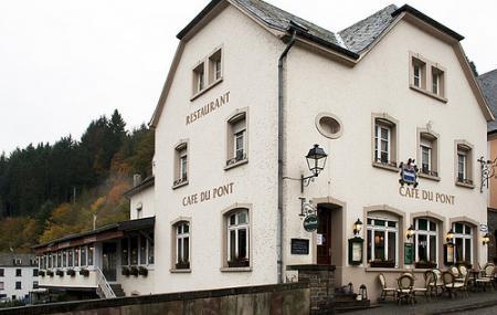 Cafe Du Pont Image