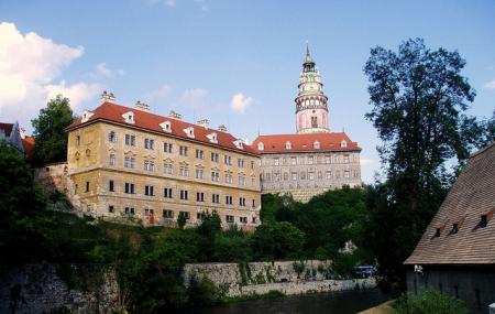 Cesky Krumlov Castle And Chateau Complex Image