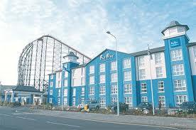 Big Blue Hotel Image