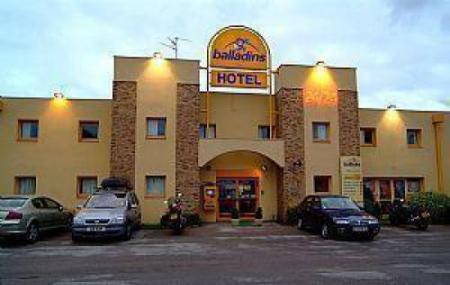 Hotel Balladins Calais Confort Image