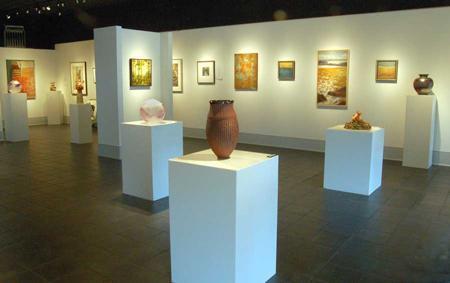 Lahore Art Gallery Image