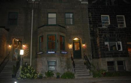 Manoir De La Terrasse Inn Image