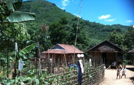 Banh Hoi Village Image