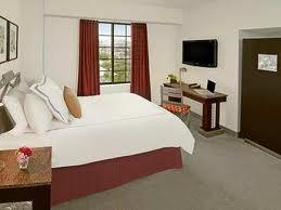 Carlyle Suites Hotel Image