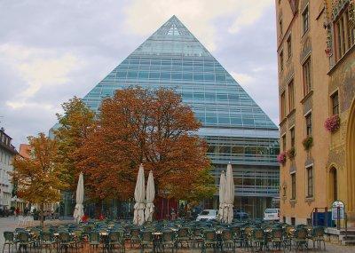 Glass Pyramid Image