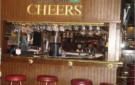 Bull & Finch Pub Image