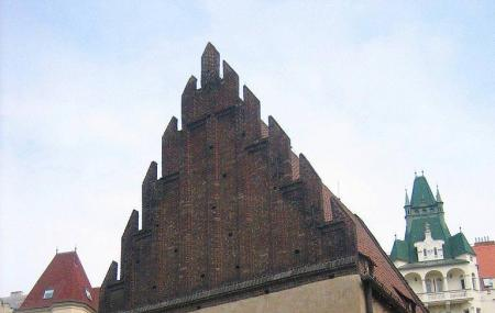 Old New Synagogue Image