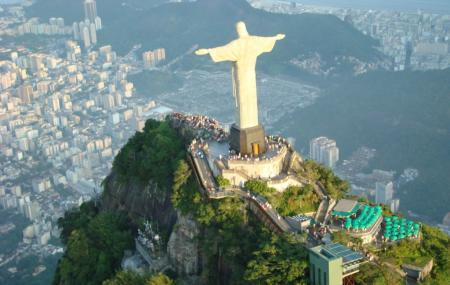 Cristo Redentor On Corcovado Image