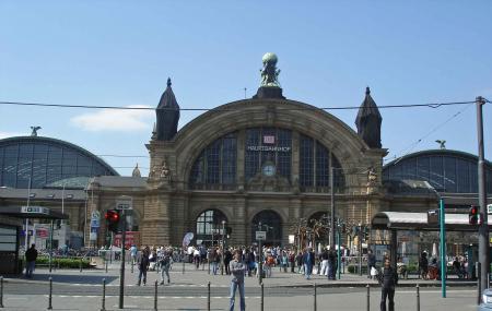 Frankfurt Central Station Image