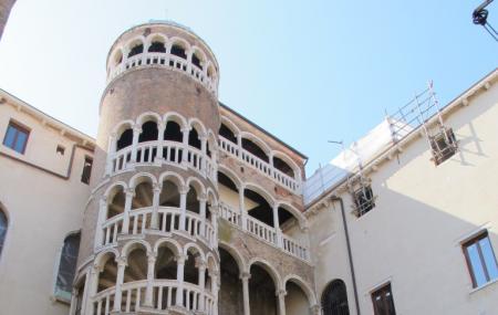 Palazzo Contarini Del Bovolo Image