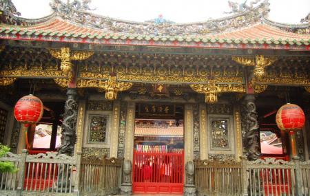 Longshan Temple Image