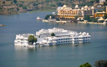 Lake Palace Image