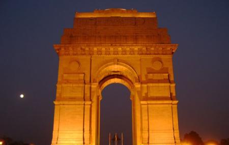 India Gate And Rajpath Image