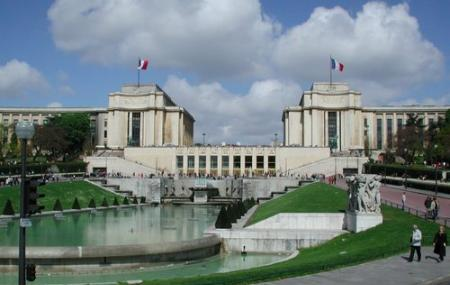 Palais De Chaillot Image