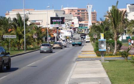 Avenida Kukulkan Image