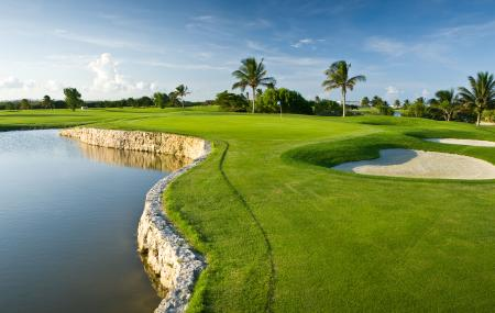 Iberostar Cancun Golf Course Image