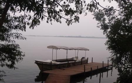 Ousteri Lake Image