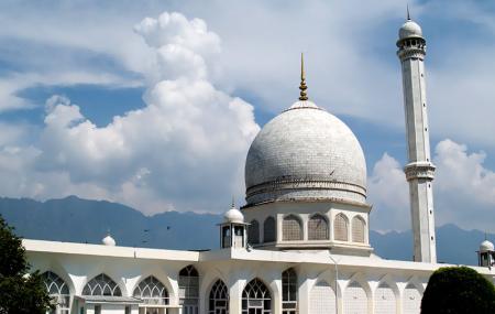 Hazratbal Mosque Image