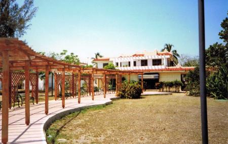 Casa Del Ron Image