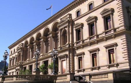Treasury Building Image
